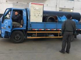 500QZB-55KW潜水轴流泵及配套设备前往安装现场